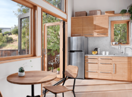 http://www.thetinyhomelist.com/wp-content/uploads/2019/02/avava_dwellings-image_california.png